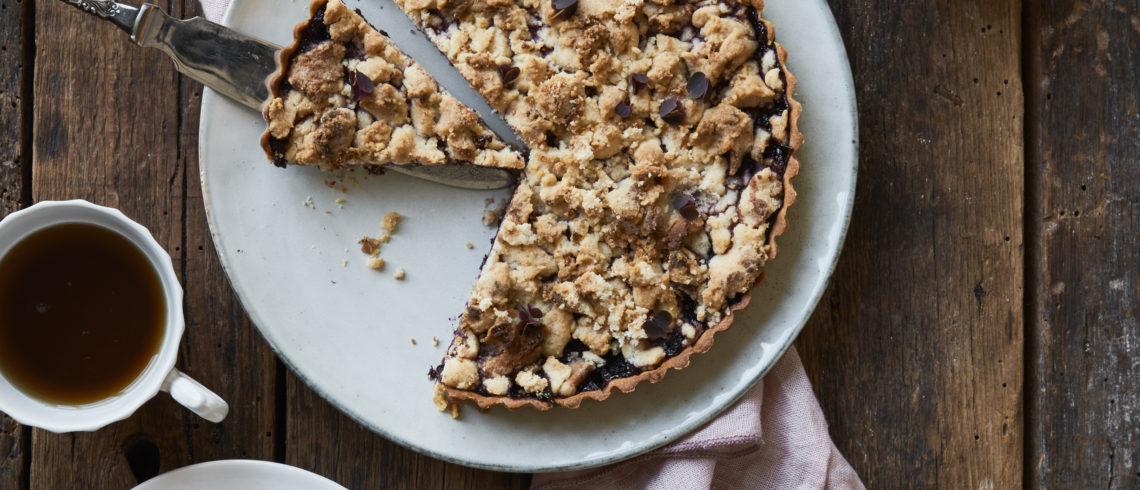 Brombærtærte med crumble